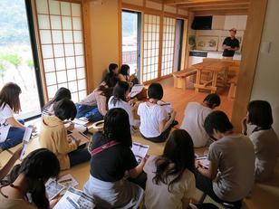 十津川村にて木造モデル住宅見学
